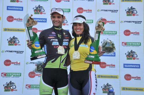 Rubens Donizete e Julyana Machado, campeões da Copa Internacional em 2010